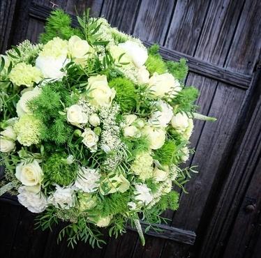 Fleurs de saison (autour du Blanc) à partir de