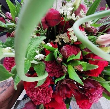 Fleurs de saison (autour du Rouge)